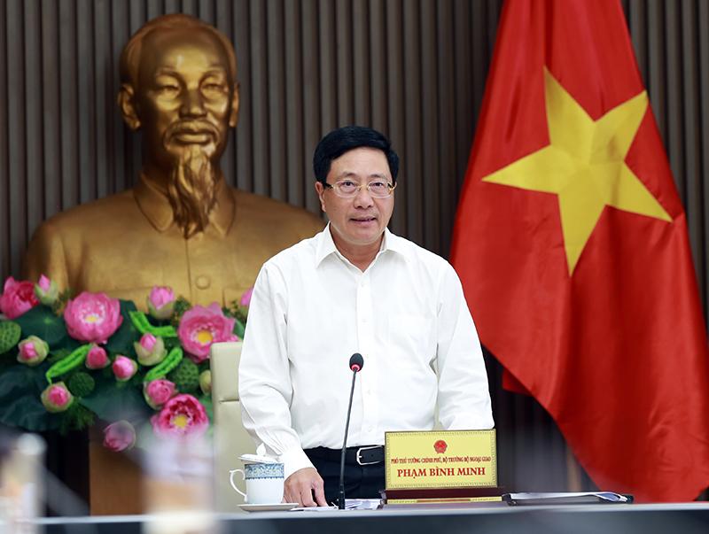 Deputy Prime Minister Pham Binh Minh at the meeting