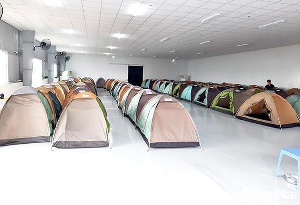 Chỗ ngủ tại nơi làm việc cho người lao động. Ảnh: Báo Đồng Nai